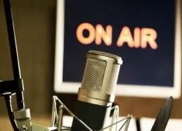 Radio-mic-image-ON-AIR1-663x389